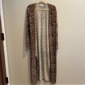 Local Boutique Cheetah Long Sweater Umgee brand
